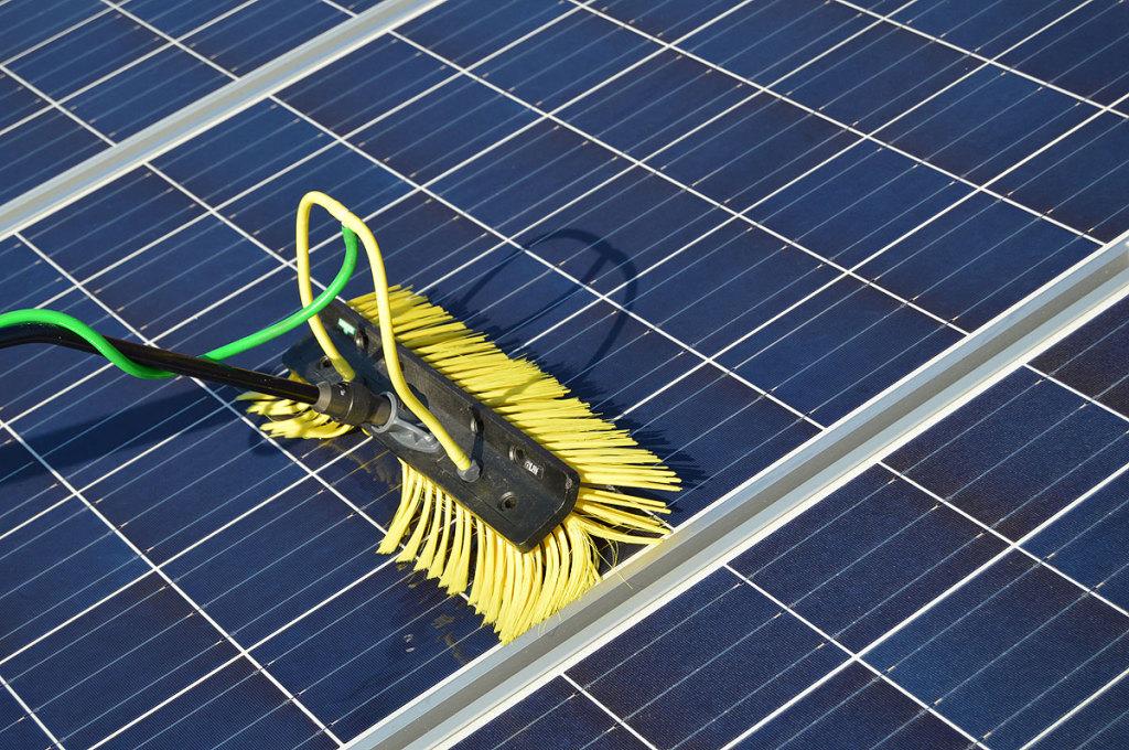 Fotovoltaikreinigung Wesermarsch und Cloppenburg